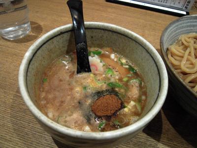 つけ麺 中盛り つけ汁 銀四郎.jpg