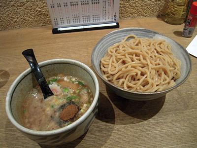つけ麺 中盛り 銀四郎.jpg