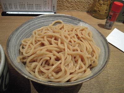 つけ麺 中盛り 麺 銀四郎.jpg