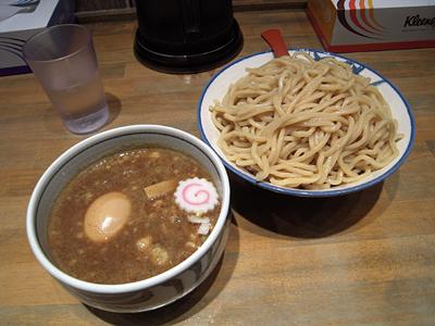 つけ麺中盛り+味玉 狢〜むじな〜.jpg