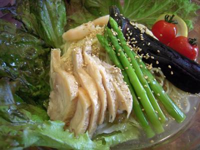 ぶっかけ冷麺 2009 鶏 目黒屋.jpg