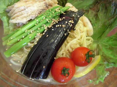 ぶっかけ冷麺 2009 旬野菜 目黒屋.jpg