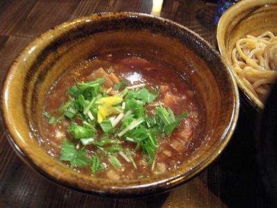 ペジポタつけ麺(胚芽麺・大盛) つけ汁 えん寺.jpg