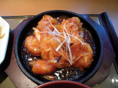 海老チリと回鍋肉の定食 海老チリ やよい軒町屋.jpg