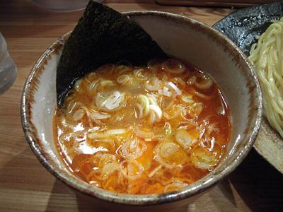 辛味つけ麺大盛り つけ汁 やすべえ練馬.jpg