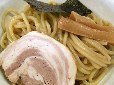 つけ麺 麺 二村岡屋.jpg