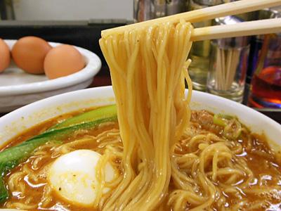 タンタン麺(中辛) 麺 竹子本郷.jpg