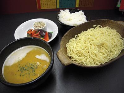パンプキンポタージュつけ麺+ライス 大至.jpg