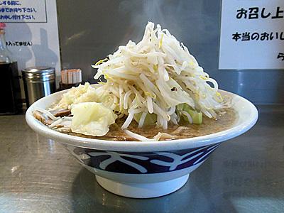 ラーメン(野菜増し・にんにく) 横 大-堀切.jpg
