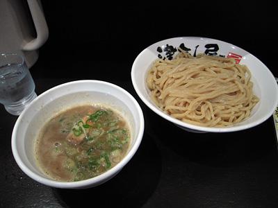 津気屋つけ麺(大盛り) 津気屋川口.jpg