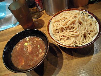 濃厚つけ麺(大盛り) 狸穴.jpg