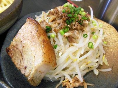 肉野菜つけめん(中盛り) 肉野菜2 ワンズワンズ.jpg