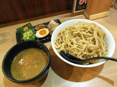 超濃厚魚介とんこつつけ麺(得盛り) 春樹千葉中央.jpg