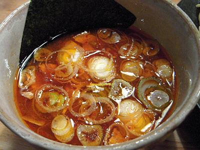 辛味つけ麺大盛り 辛味W つけ汁 やすべえ練馬.jpg