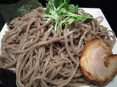 鰹つけ蕎麦(中盛り) 麺 龍馬灯.jpg
