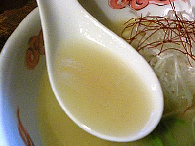 鶏白湯らーめん スープ ぶらり.jpg