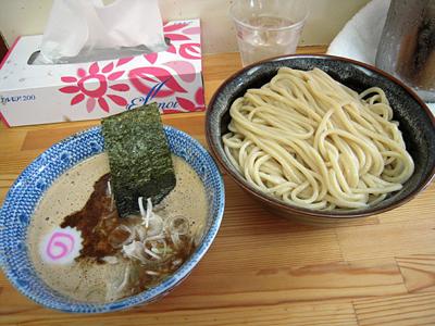 つけ蕎麦(中盛り) サンジ.jpg