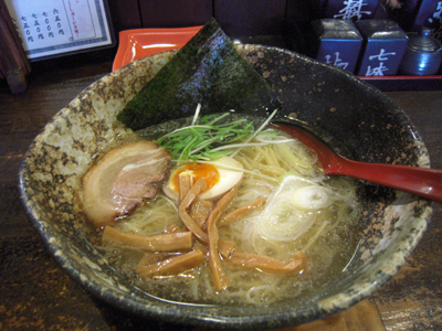 塩ラーメン 麺 壱蔵.jpg