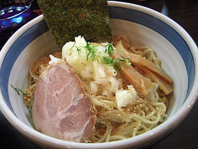 濃厚魚介つけ麺 麺 斑鳩.jpg