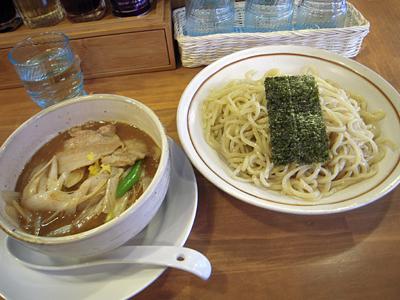 肉つけ麺(中盛り) あら田金町.jpg