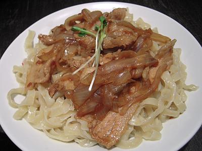 肉盛りつけ麺(中盛り) 麺 六代目けいすけ.jpg